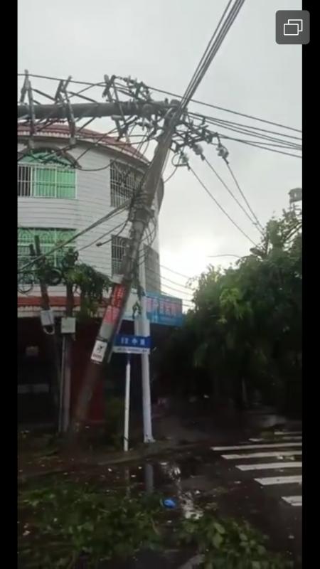 受龙卷风影响 儋州2处工地工人宿舍倒塌8人死亡